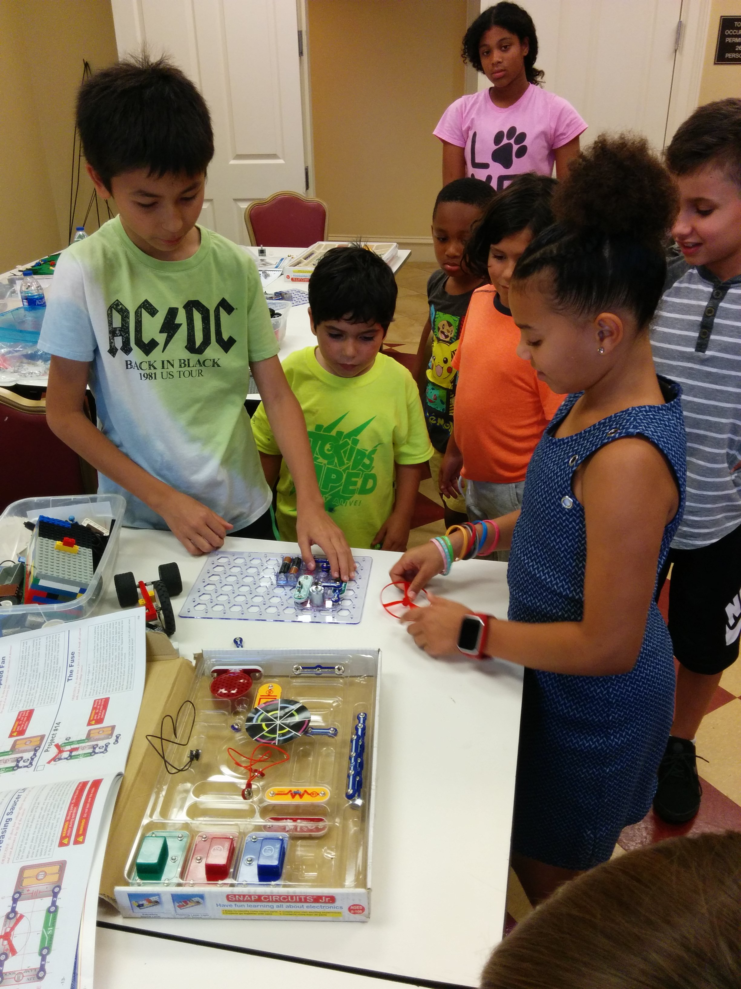 Genius News Institute For Kids Learn Electronics With Snap Circuits2 We Had A Wonderful Time Working On Building Legos As Well Circuit Challenges